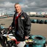 El padre del piloto de MotoGP Jorge Lorenzo inaugura en Castejón un centro de formación