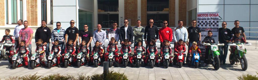 Vídeo: La escuela de pilotos de Málaga Motos Doga hace su presentación