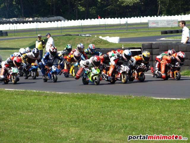 Arranca en campeonato Europeo de minimotos 2012, en Zuera (España)
