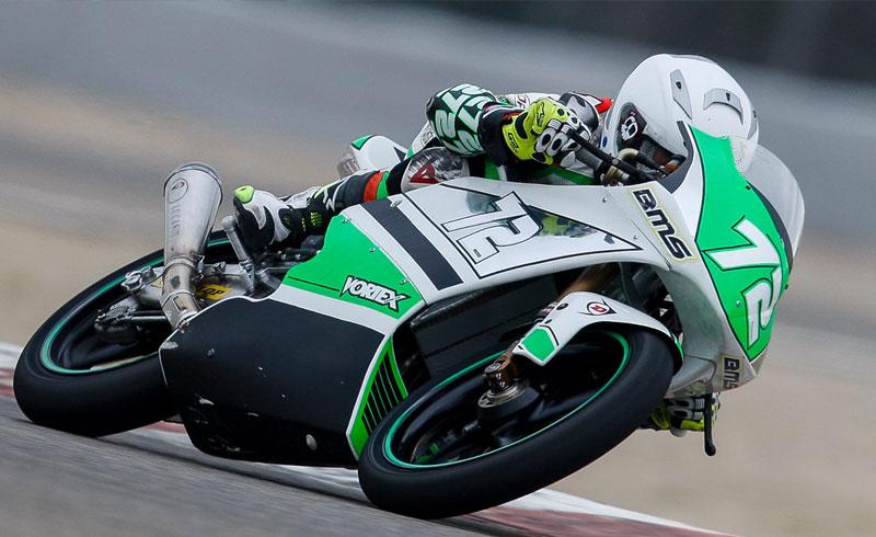 El madrileño, Lucas Gallego, polé y tercer clasificado en Moto4
